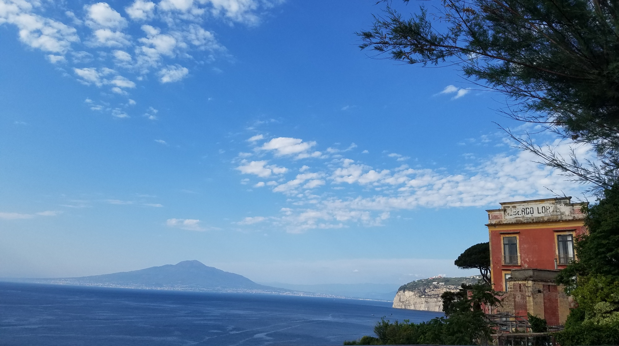Italy Travel Tip | Wander Around Sorrento