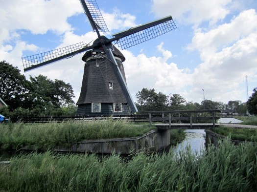 How to Plan an Epic Trip in 6 Steps | The eponymous windmill in Edam | The Netherlands