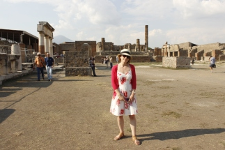 Italy Travel Tip | Plan for Pompeii