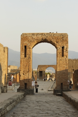 Italy Travel Tip | Plan for Pompeii | The ancient ruins of Pompeii