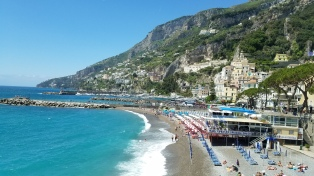 Italy Travel Tip   Hire a Private Guide to Drive You Along the Amalfi Coast   Beautiful Amalfi Coast beach caught on camera from the car!