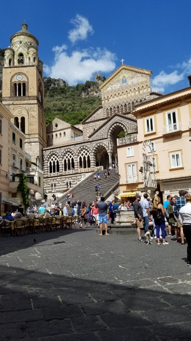 Italy Travel Tip   Hire a Private Guide to Take You to the Town of Amalfi