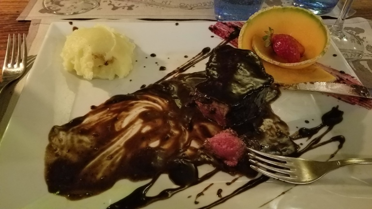Italy Travel Tip | The balsamic steak at Acqua al 2 is to die for