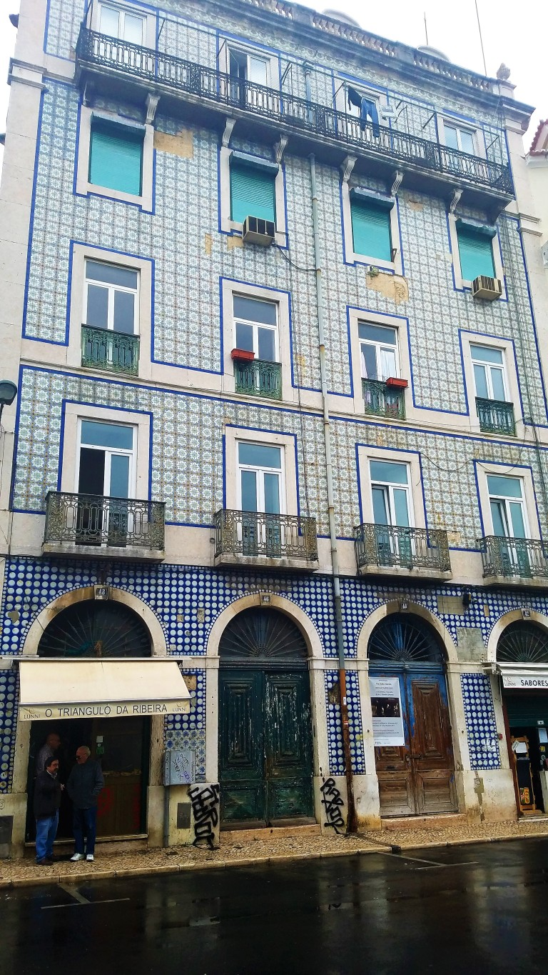 10 Thing I Learned About Lisbon | The Portuguese were among the first to put tiles on the outside of the house to protect against humidity.
