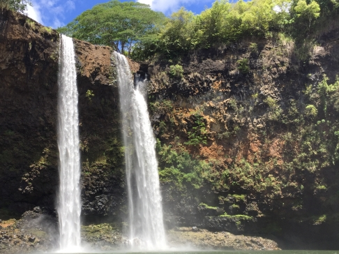 Top 10 Things to Do in Kauai | Climb Wailua Falls