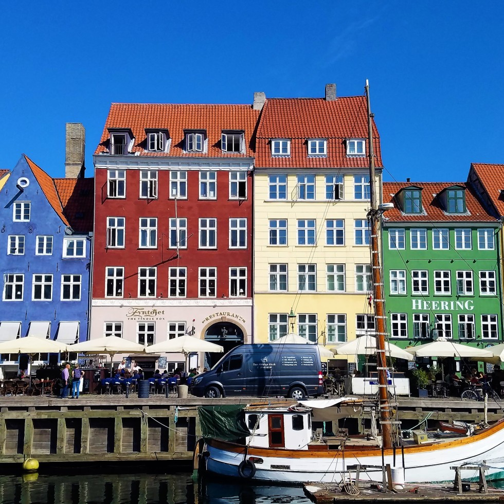 copenhagen travel guide | do a free walking tour